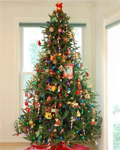 7.5′ Prelit Oh Christmas Artificial Christmas Tree with Clear Lights by Treetopia (old)